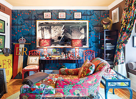 Bright-Patterned-Living-Room-D%C3%A9cor-from-New-York-Magazine-photo-Dean-Kaufman-House-Home-Go-wallpaper-wp424243-1