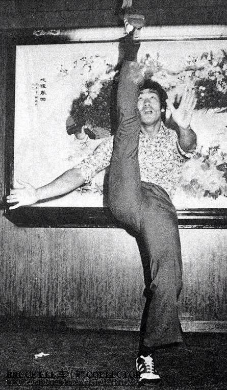 Bruce-Lee-wallpaper-wp440215