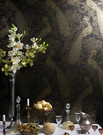 Byron-IN-BLACK-AND-GOLD-from-Cole-and-Son-wallpaper-wp3004048