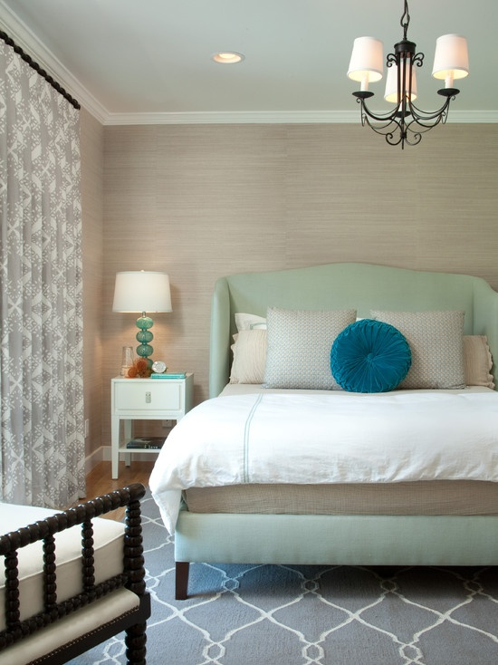 Calm-Love-the-grasscloth-and-the-headboard-wallpaper-wp4805062