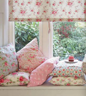 Cath-kidston-cushions-wallpaper-wp424400-1