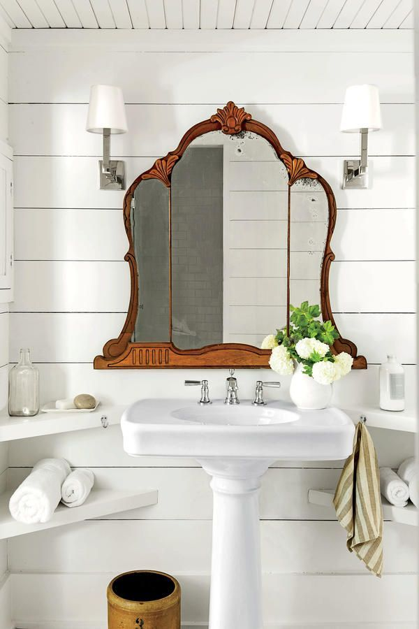 Charming-shiplap-bathroom-with-shaded-sconces-vintage-tri-fold-mirror-and-pedestal-sink-ArthursJe-wallpaper-wp4003898-1