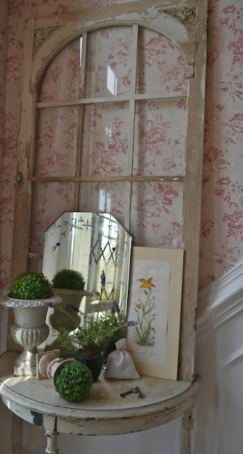 Chateau-Chic-paper-back-of-window-wallpaper-wp3004285