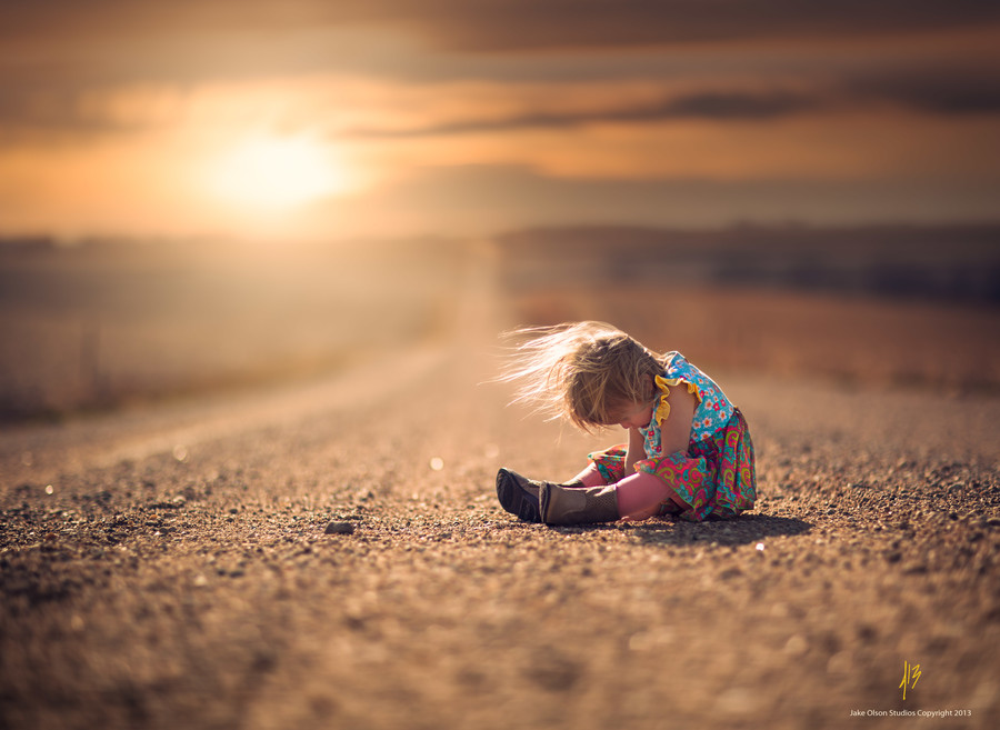 Child-on-the-road-by-Jake-Olson-Studios-on-px-wallpaper-wp424512