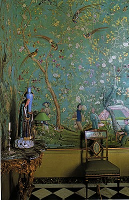 Chinoiserie-dining-room-Pierre-Berge-co-founder-of-Yves-Saint-Laurent-fashion-house-wallpaper-wp4604715-2