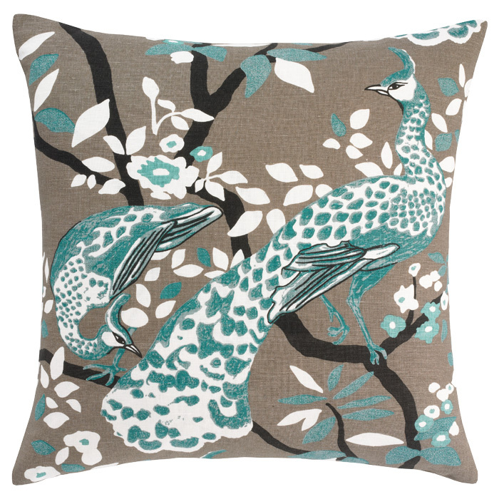 Chinoiserie-peacock-pillow-wallpaper-wp4604722-2