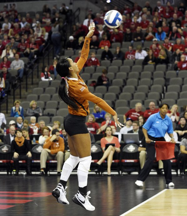 Chloe-Collins-ChloweeCollins-TexasVolleyball-PointTexas-NcaaVb-Volleyball-Dec-wallpaper-wp3403887