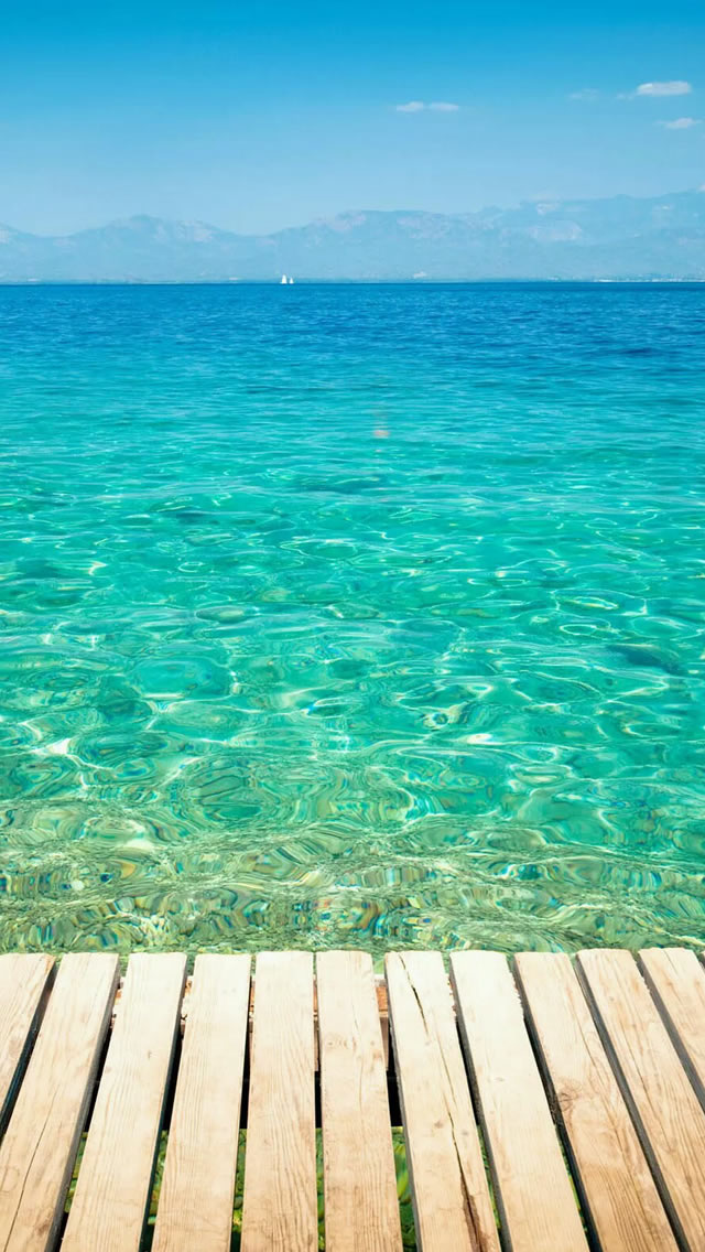 Clear-Tropical-Ocean-Water-Lockscreen-iPhone-s-wallpaper-wp424564-1
