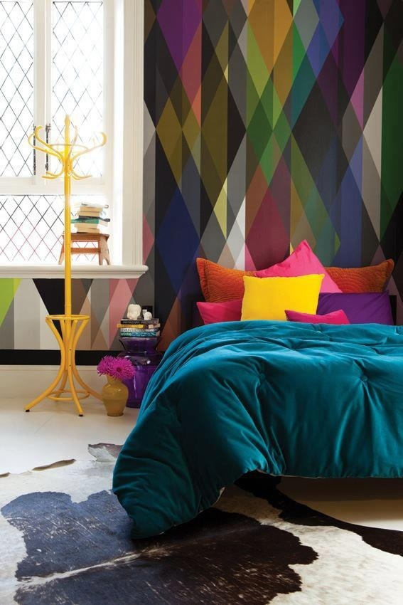 Cole-and-Son-Geometric-Circus-bedroom-wallpaper-wp5205326