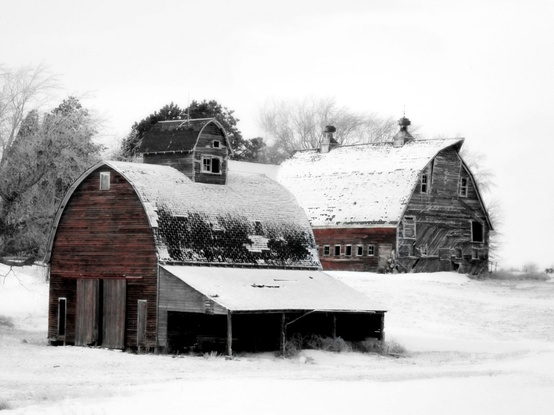 Country-Art-Barn-Collection-Winter-Scene-Farm-by-JulieHamilton-wallpaper-wp5404260
