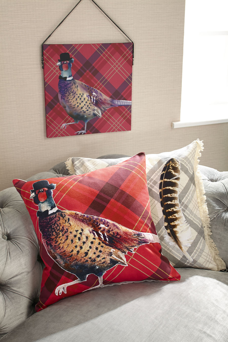 Cushions-and-Wall-Art-from-Lochs-and-Lagoons-quirky-wallpaper-wp5006370