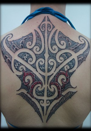 Custom-New-Zealand-Maori-Tribal-Ta-Moko-Kirituhi-with-Red-COlor-Back-Tattoo-Design-tattoo-gallery-wallpaper-wp3004676