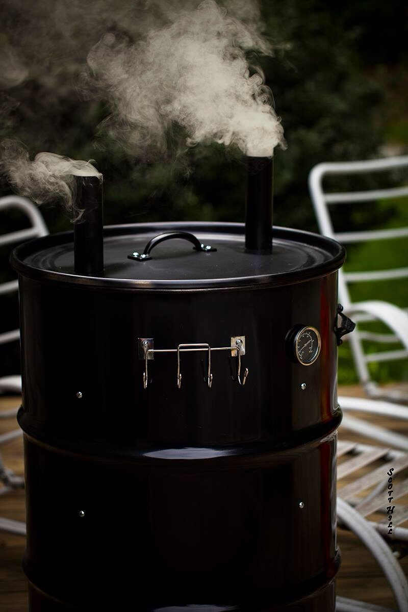Custom-UDS-by-Smoke-Rings-In-the-dark-BBQ-wallpaper-wp6002854