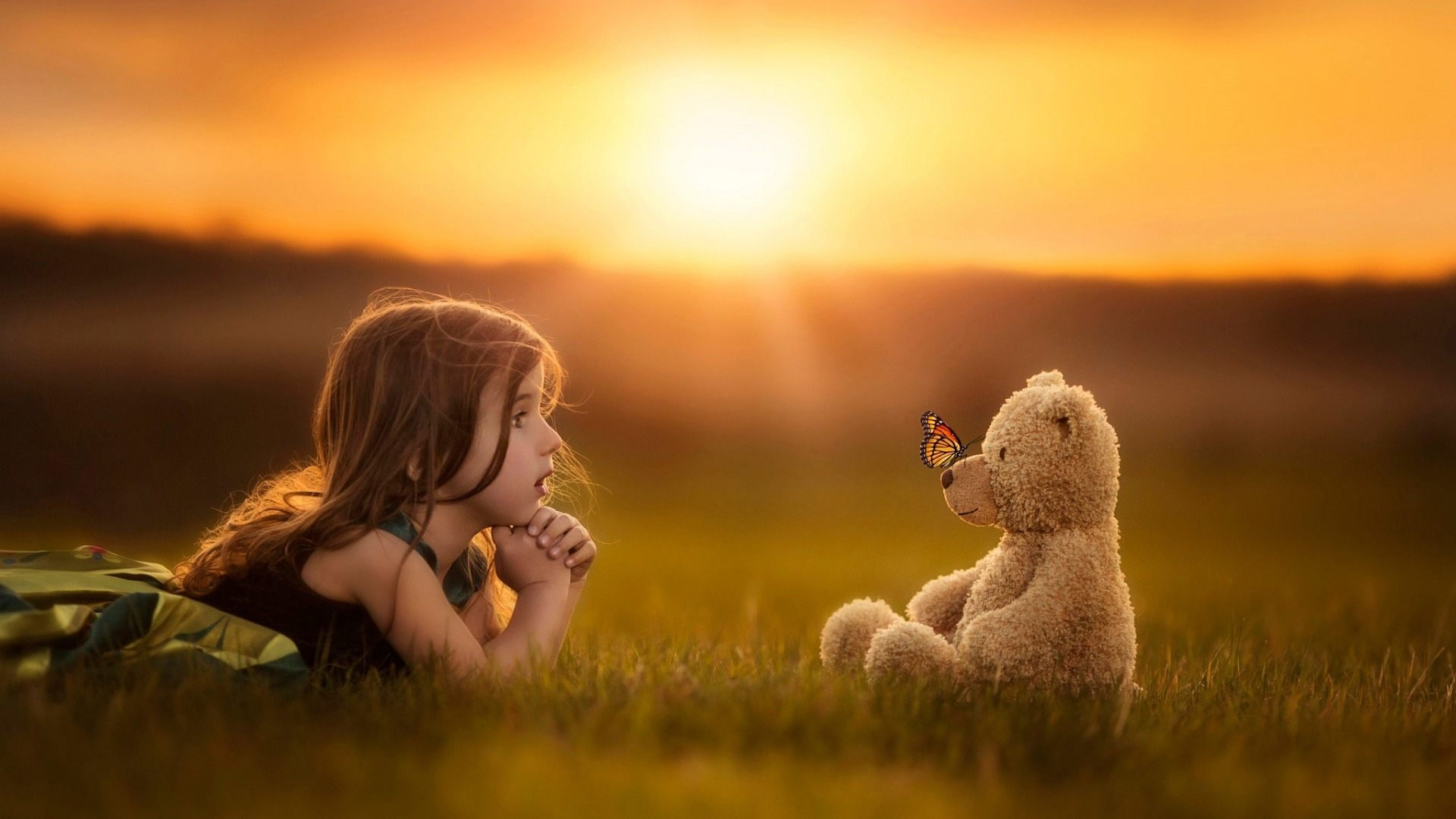 Cute-Girl-With-Teddy-Bear-Cute-1920x1080-Need-iPhone-S-Plus-Background-wallpaper-wp3604464