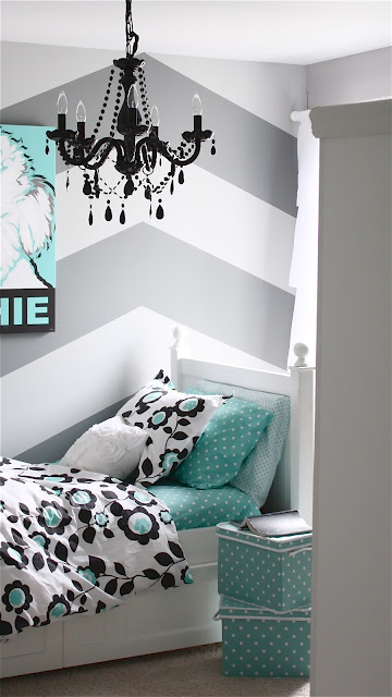 Cuuute-thinking-guest-room-wallpaper-wp5205527