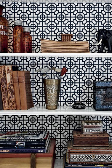 DIY-I-had-mistaken-this-covering-used-on-a-book-shelf-for-a-tile-wall-Looks-sharp-wallpaper-wp5205869