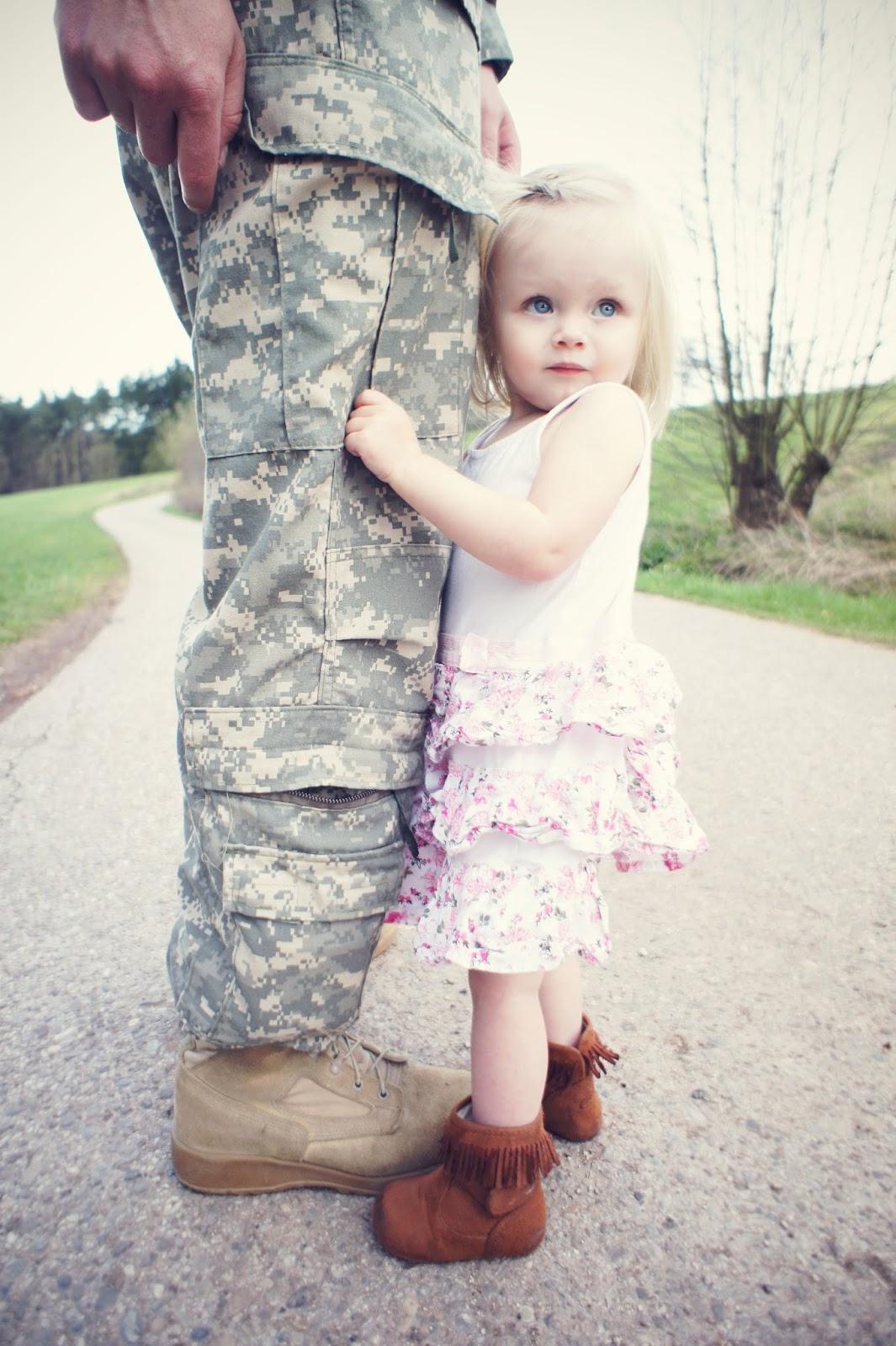 Daddy-daughter-love-wallpaper-wp3004791