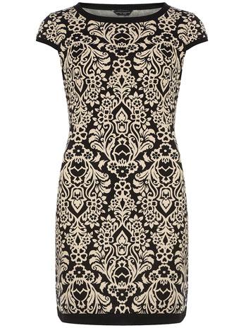 Damask-tipped-shift-dress-wallpaper-wp424830-1