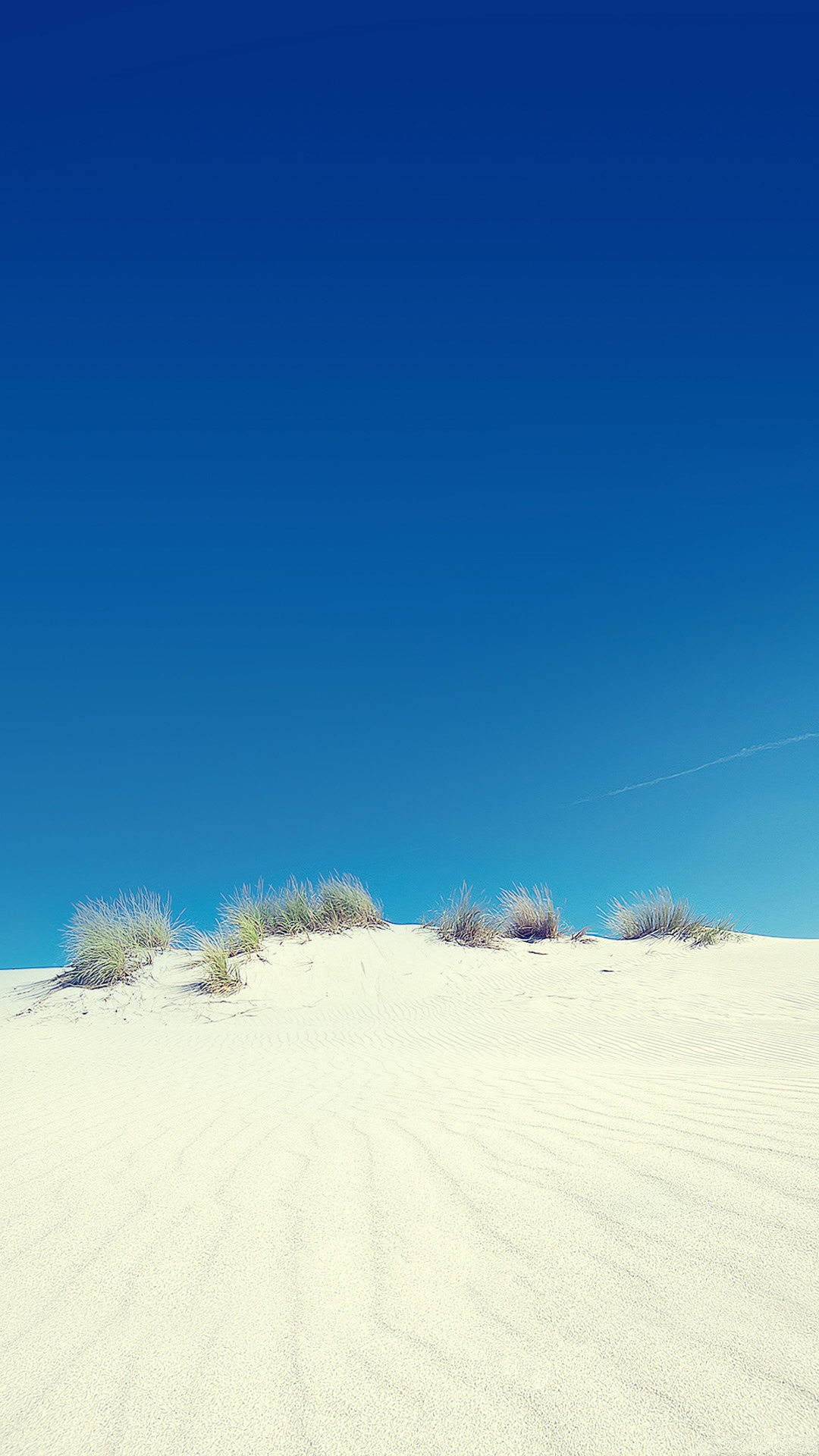 Desert-sand-dune-and-clear-sky-Android-wallpaper-wp5404497