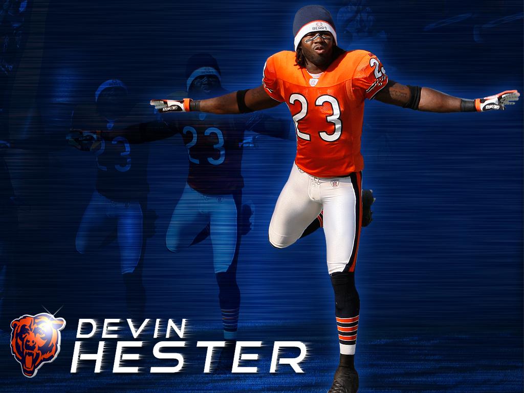 Devin-Hester-on-The-Chicago-Bears-Best-return-man-ever-wallpaper-wp424948-1