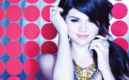 Download-Latest-of-Cute-and-Hot-Selena-Gomez-Pics-Images-for-Desktop-at-wallbeam-com-wallpaper-wp6003070