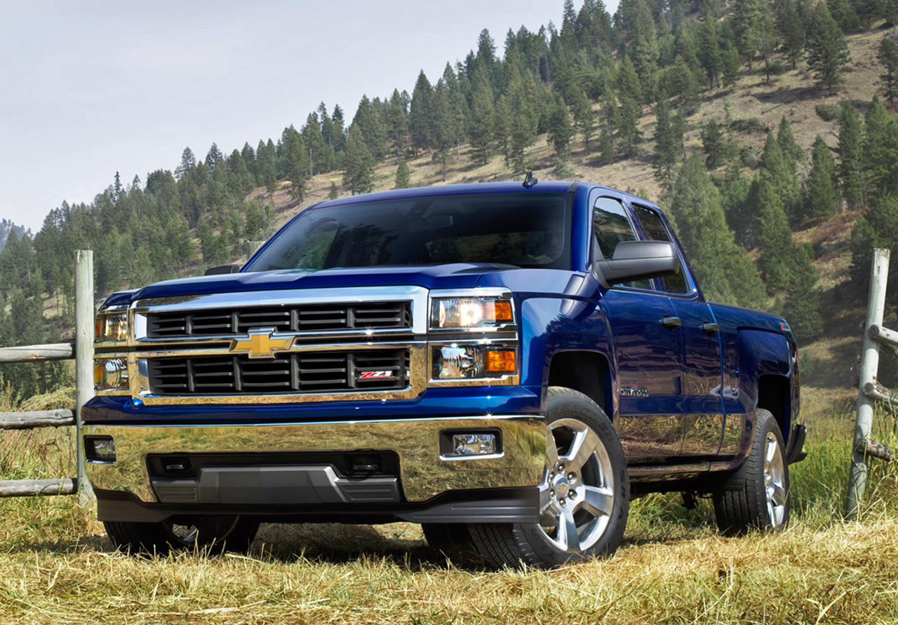 Dream-truck-Z-Chevy-add-a-lift-kit-and-its-golden-wallpaper-wp3405094