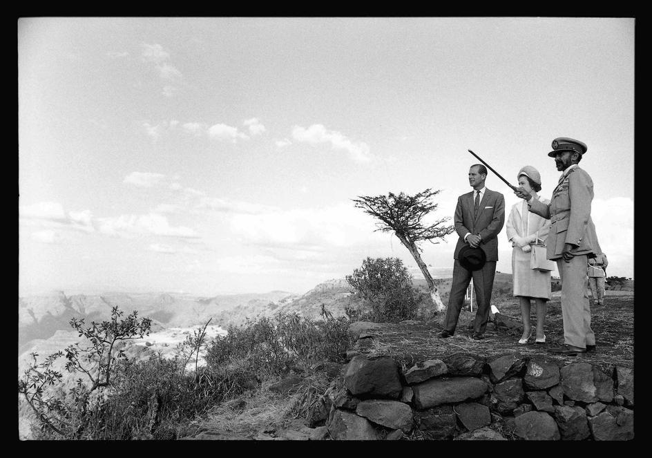 ETHIOPIA-Gondar-Left-Prince-PHILIP-Duke-of-Edinburgh-and-husband-of-the-Queen-Right-Emperor-o-wallpaper-wp425261
