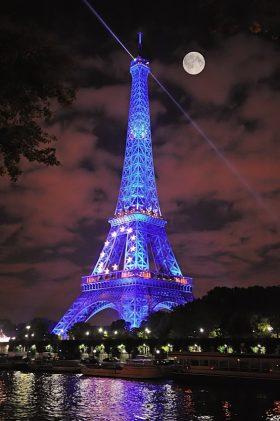 ° Eiffel toWer ° wallpaper