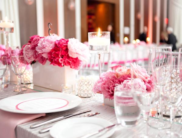 Elegant-Pink-Silver-Centerpiece-wallpaper-wp3005295