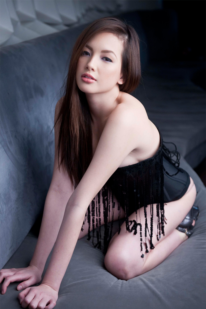 Ellen-Adarna-s-Hottest-Photos-wallpaper-wp4406711
