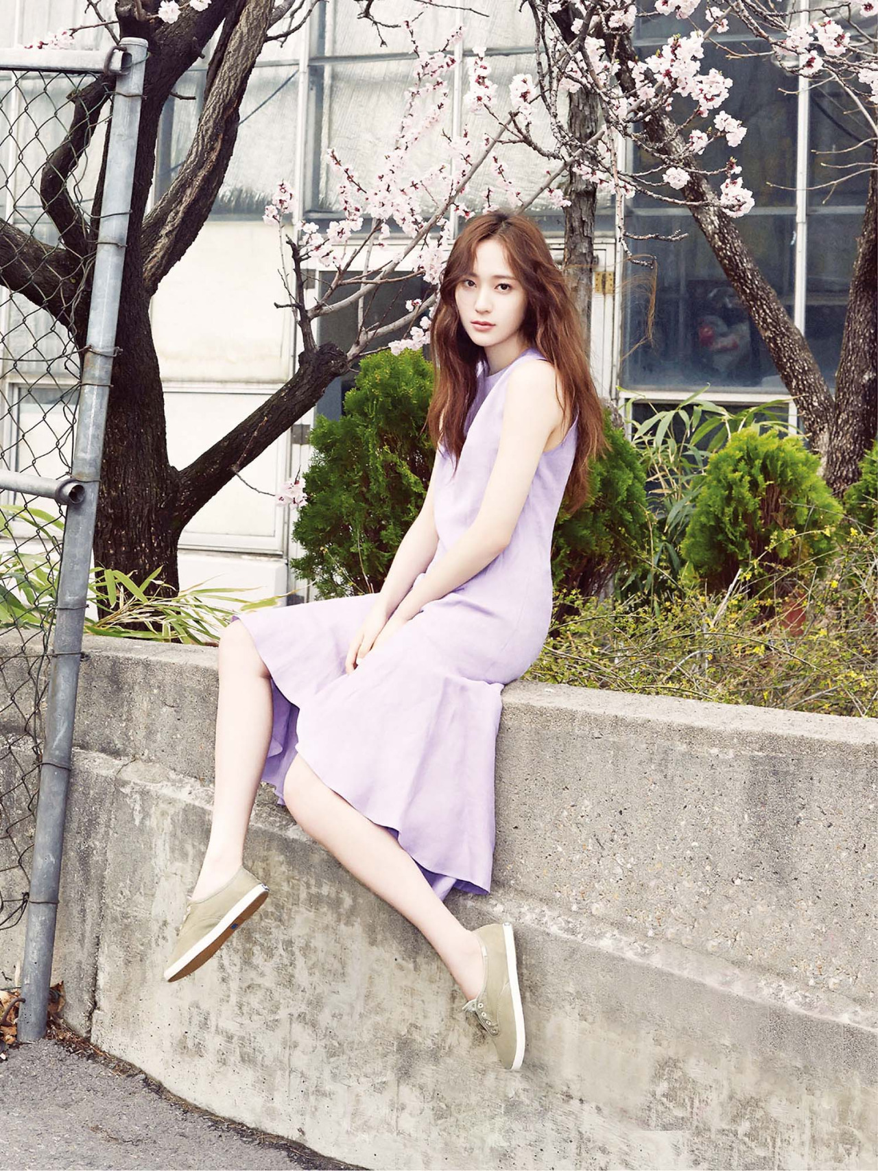 F-x-Krystal-%E2%80%93-Vogue-Girl-Magazine-May-Issue-%E2%80%98-wallpaper-wp3005471