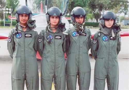 FEMALE-PAKISTANI-PILOTS-wallpaper-wp4605883