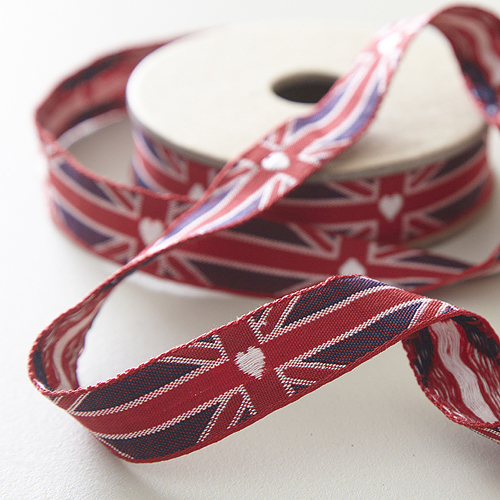 Fabric-Ribbon-Union-Jack-Heart-wallpaper-wp4806299