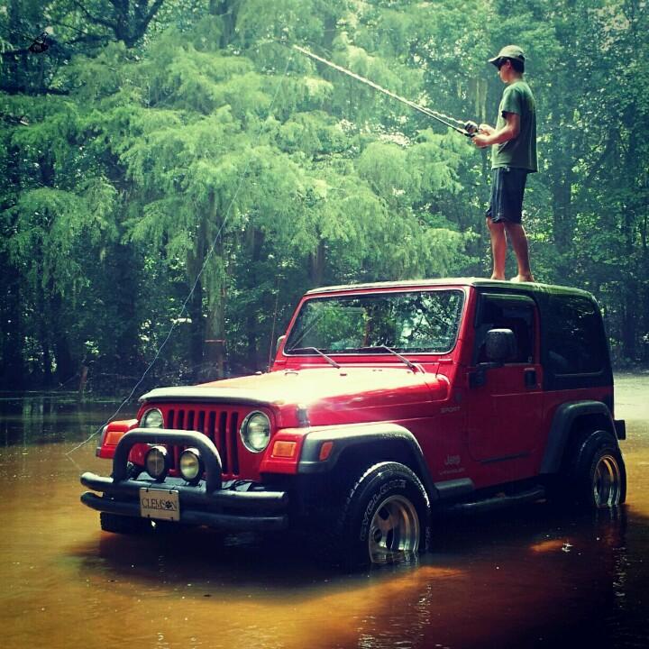 Fishin-Jeep-style-wallpaper-wp4406963