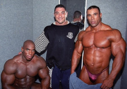 Flex-Wheeler-and-Kevin-Levrone-wallpaper-wp5007521