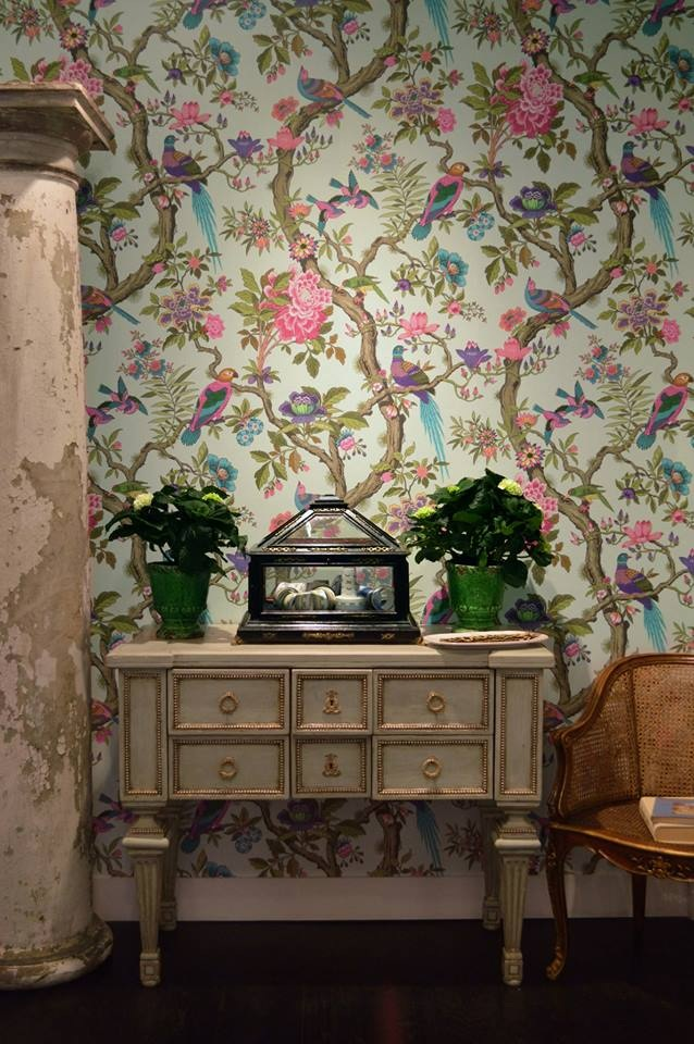 Folie-Fontainebleau-by-Cole-and-Son-in-our-pop-up-showroom-at-Deco-Off-Paris-wallpaper-wp5405012