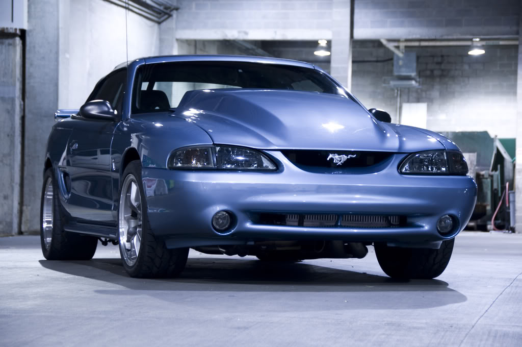 Ford-Mustang-Blue-wallpaper-wp422669-1