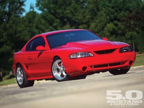 Ford-Mustang-GT-wallpaper-wp422663-1