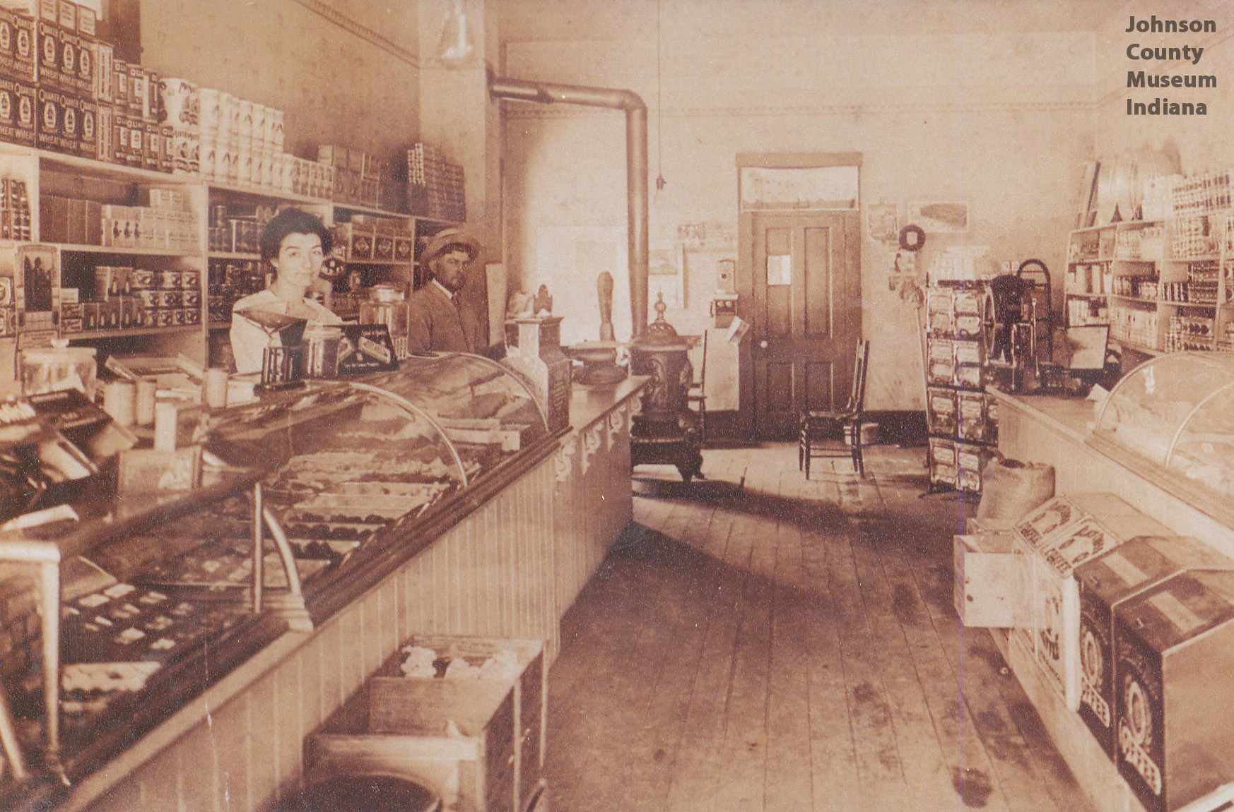 Fred-Holstein-was-the-owner-of-this-grocery-store-at-E-Jefferson-in-Franklin-IN-Altis-and-Dais-wallpaper-wp425563-1