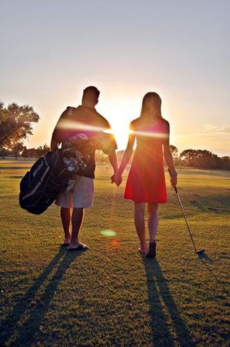 Golf-engagement-picture-I-love-Someday-wallpaper-wp425769