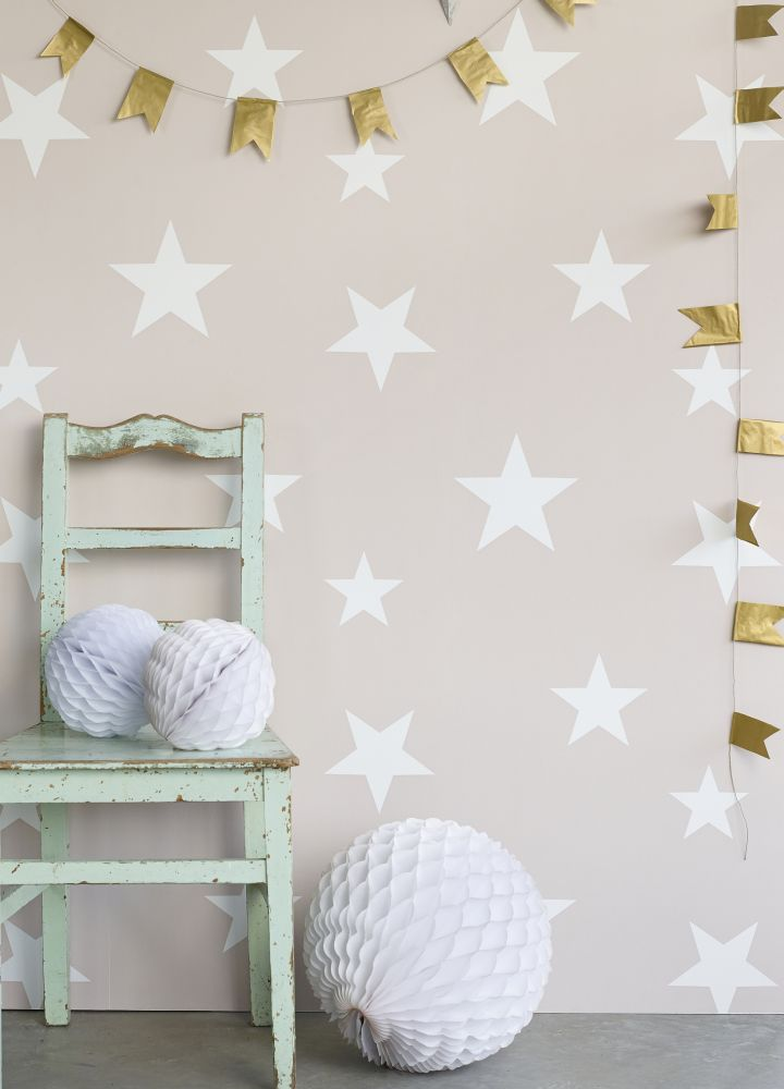 Gorgeous-Stars-design-by-Hibou-Home-from-the-new-Hibou-Home-collection-wallpaper-wp3006231