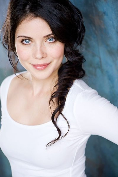 Grace-Phipps-April-Young-TVD-The-Vampire-Diaries-wallpaper-wp400232