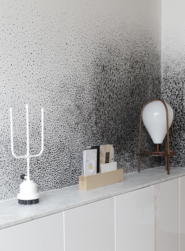 Gregoire-De-Lafforest-Architects-Designs-the-Rue-Voltaire-Apartment-splatter-wallpaper-wp5008201