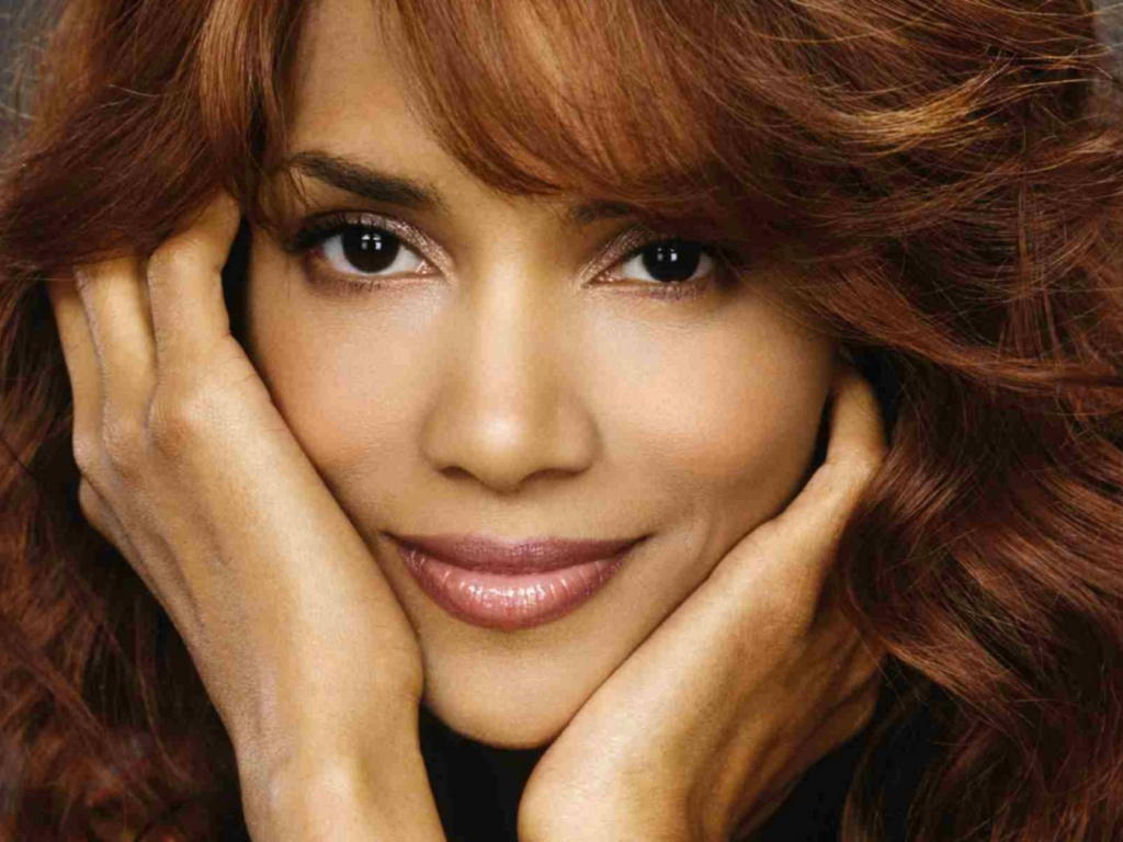 Halle-Berry-http-www-firsthd-com-halle-berry-html-wallpaper-wp6003802