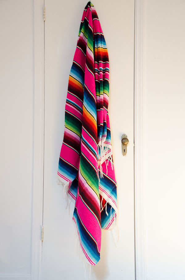 Hot-pink-serape-Mexican-blanket-www-murlifestyle-com-wallpaper-wp5008667