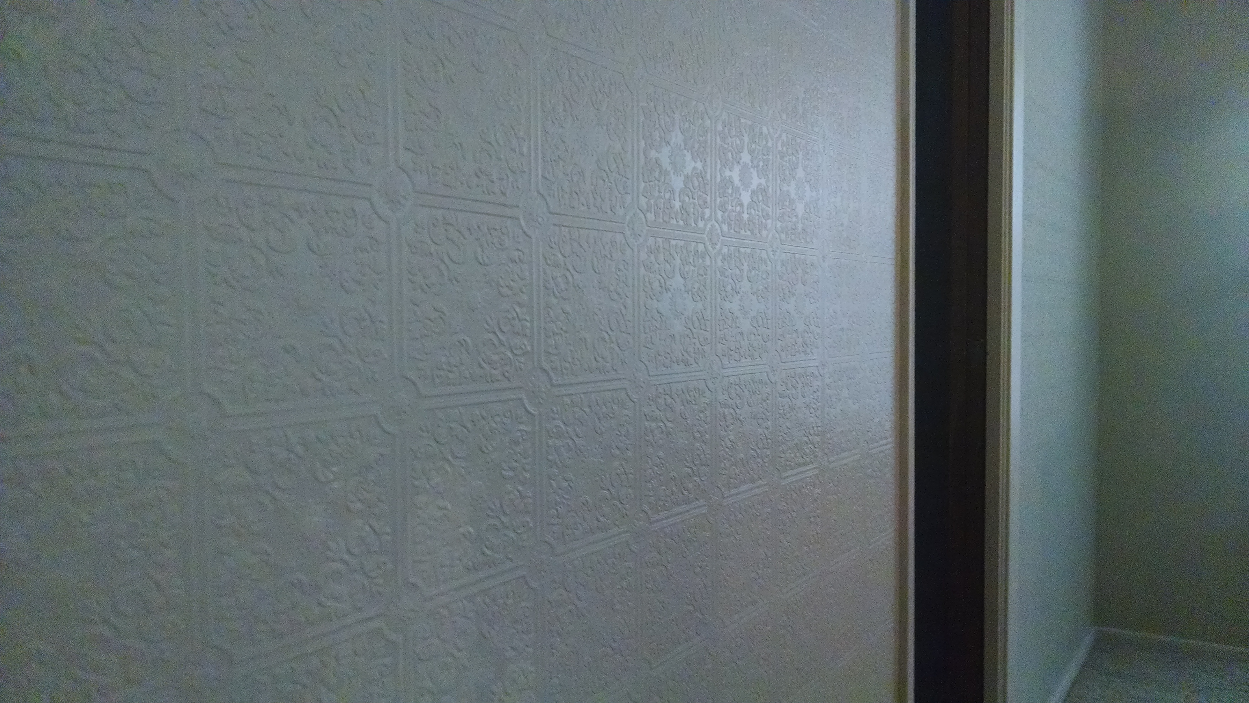 I-dont-do-full-walls-very-often-with-the-paintable-pressed-tin-usually-ceilin-wallpaper-wp5008872