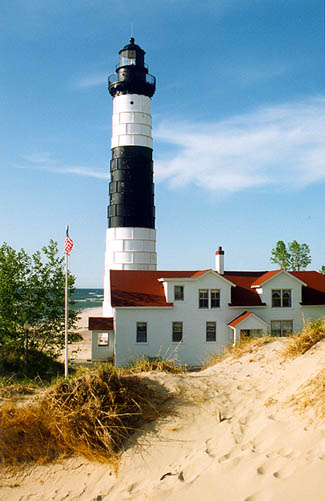 I-fully-intend-to-make-a-day-trip-here-over-spring-break-Big-Sable-Point-Light-Lake-Michigan-wallpaper-wp426324