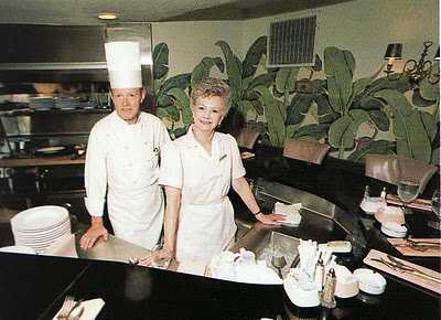 In-the-s-Williams-was-hired-to-revamp-and-expand-The-Beverly-Hills-Hotel-Pictured-are-the-hote-wallpaper-wp4607155