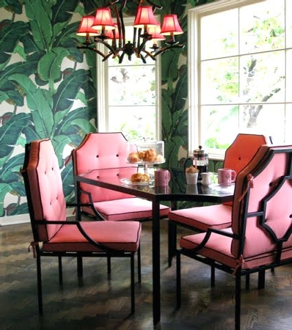 Inspiration-from-the-iconic-Beverly-Hills-Hotel-s-banana-leaf-wallpaper-wallpaper-wp4807684