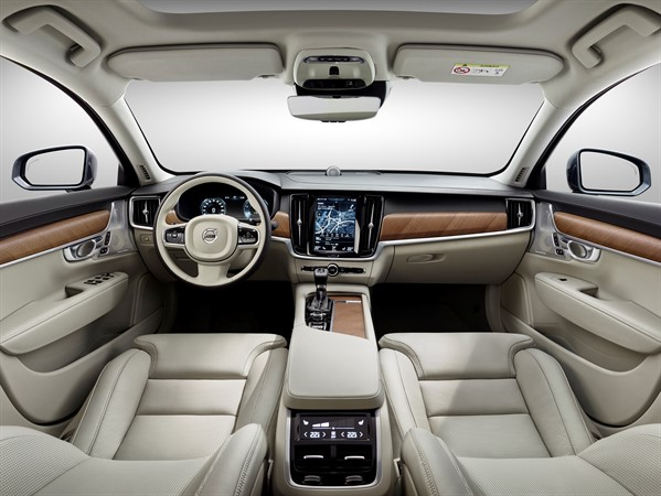 Interior-Blond-Volvo-S-wallpaper-wp3007200